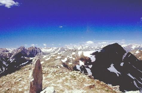 In cima al Tibert: panorama verso la punta Tempesta